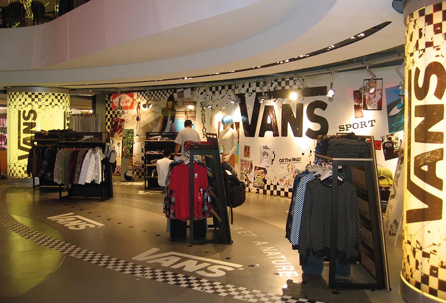 vans boutique paris
